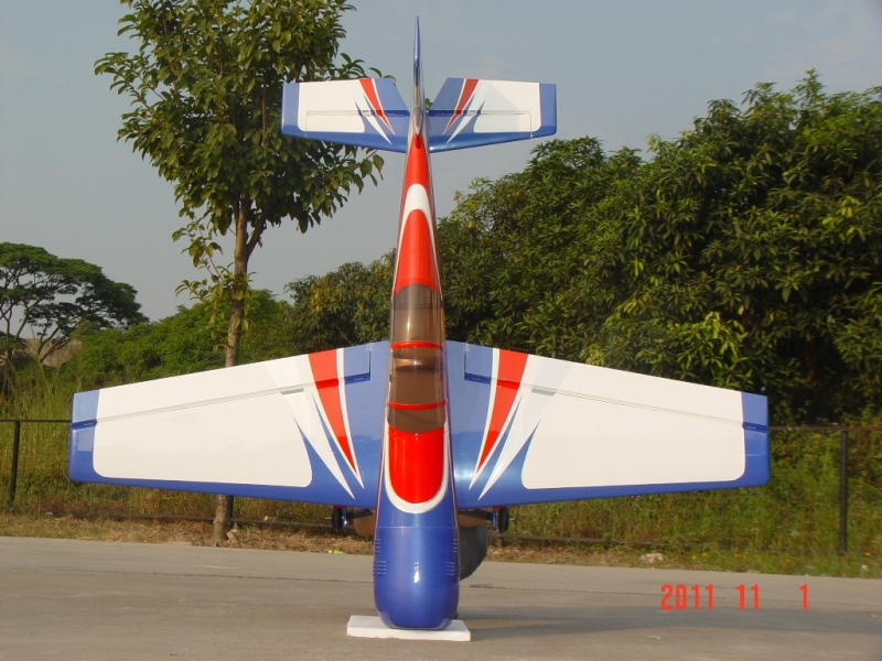 YAK54 55%/blue-red arrow